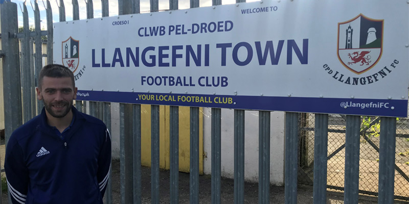 KEV LLOYD BACK AT LLANGEFNI!